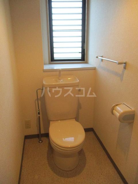 緑園都市プレーヌ 306号室のトイレ