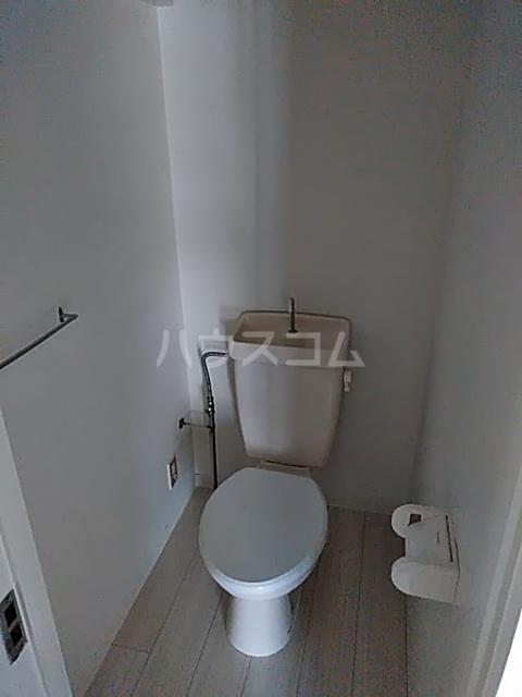 ビレッジハウス阿久和4号棟 103号室のトイレ