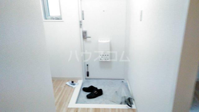 ビレッジハウス川井宿5号棟 404号室の玄関