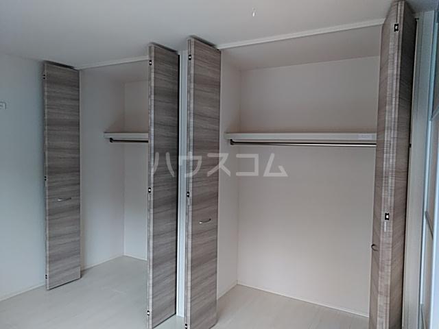 ラマージュ Ⅷ 203号室の収納