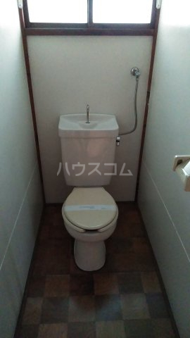 小袋荘 1号室のトイレ