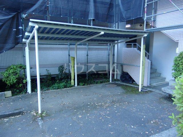 スターライトヴィラ2 205号室の駐車場