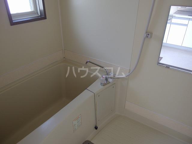 ピアシティナカムラ 203号室の風呂