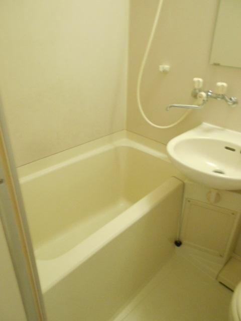 コートビレッジ桜ヶ丘パートⅡ A103号室の風呂