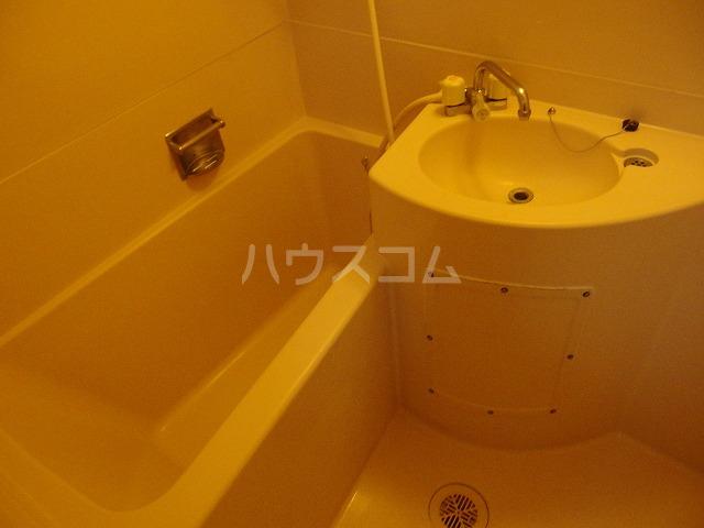 フロムココ 1D号室の風呂