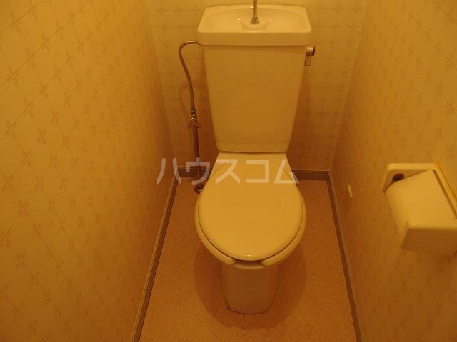 フロムココ 1D号室のトイレ
