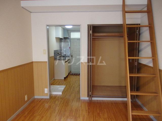フロムココ 1D号室の収納