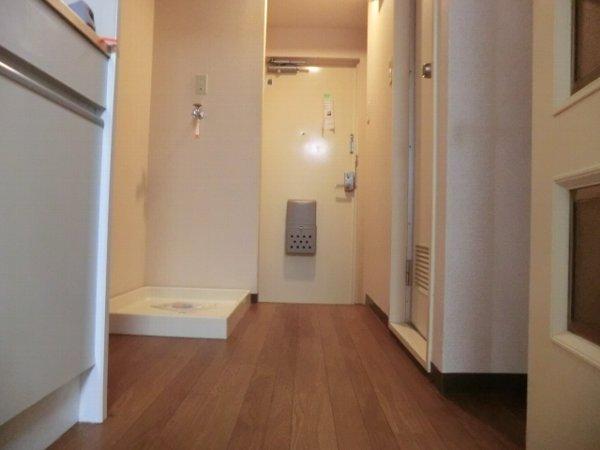 檜の森ハイツ 106号室のキッチン