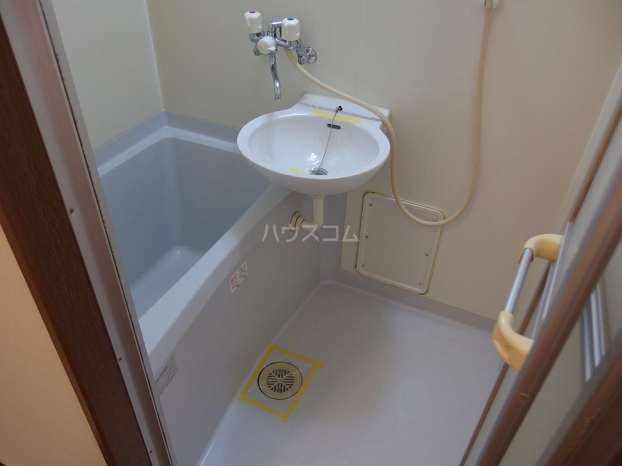 ヴランドール桜ヶ丘 306号室の風呂