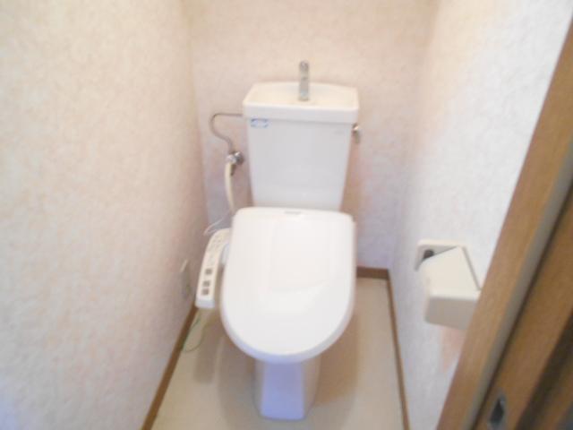 ソミュール百草Ⅰ 102号室のトイレ