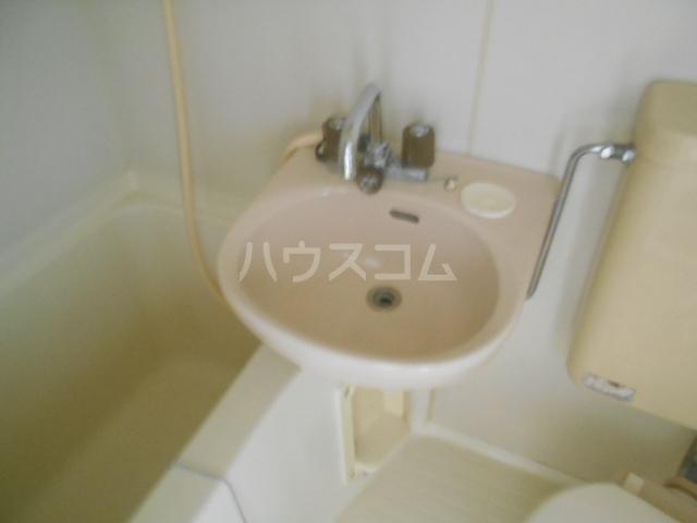ストークマンション小礒2 401号室の洗面所