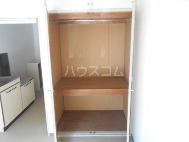 ストークマンション小礒2 401号室の収納