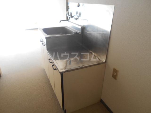 ストークマンション小礒2 407号室のキッチン