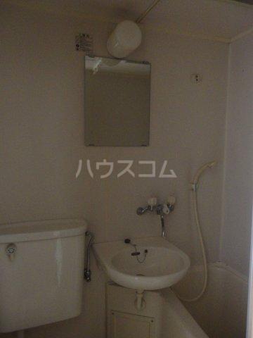 ライオンズシティ聖蹟桜ヶ丘 111号室の洗面所
