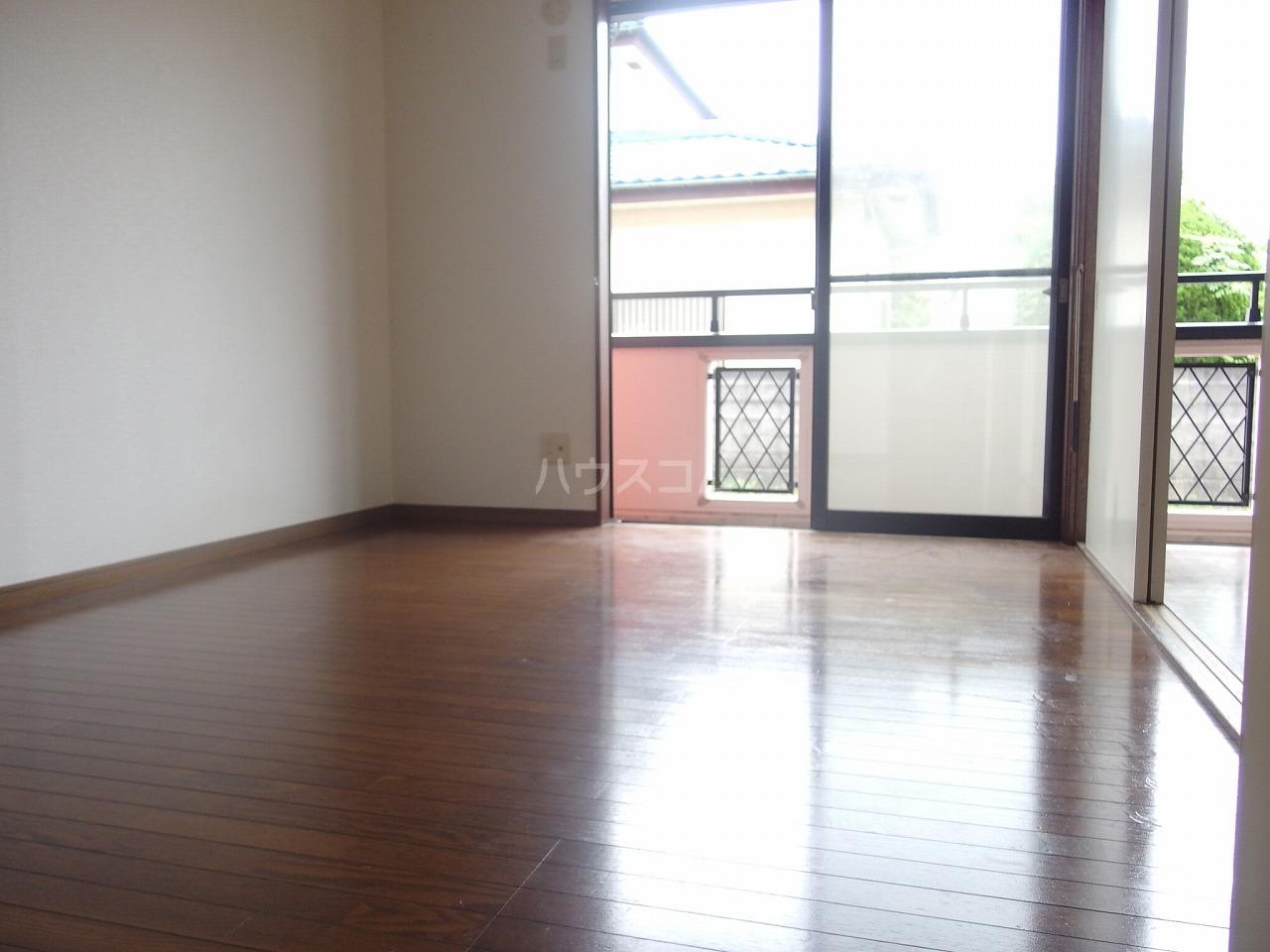 フォレストピアA 106号室の居室