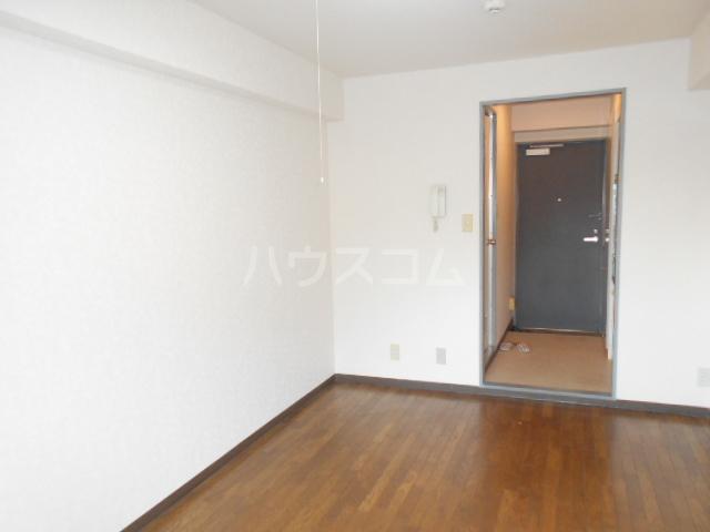 エントピア・タナカ 101号室の居室