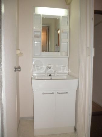 グランドール 101号室の洗面所