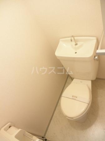 グランドール 101号室のトイレ