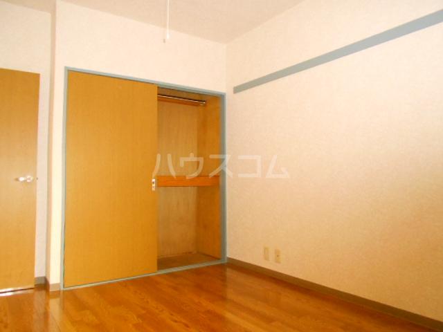 ベルメゾン住吉第3 101号室の居室
