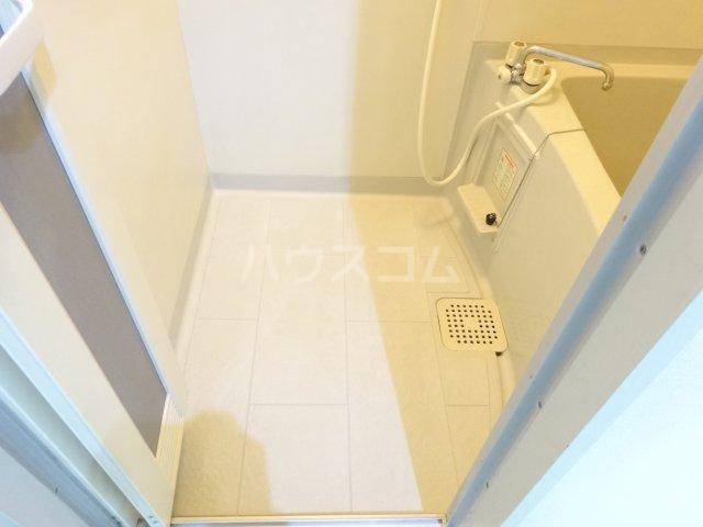 トゥイナーハウス 302号室の風呂