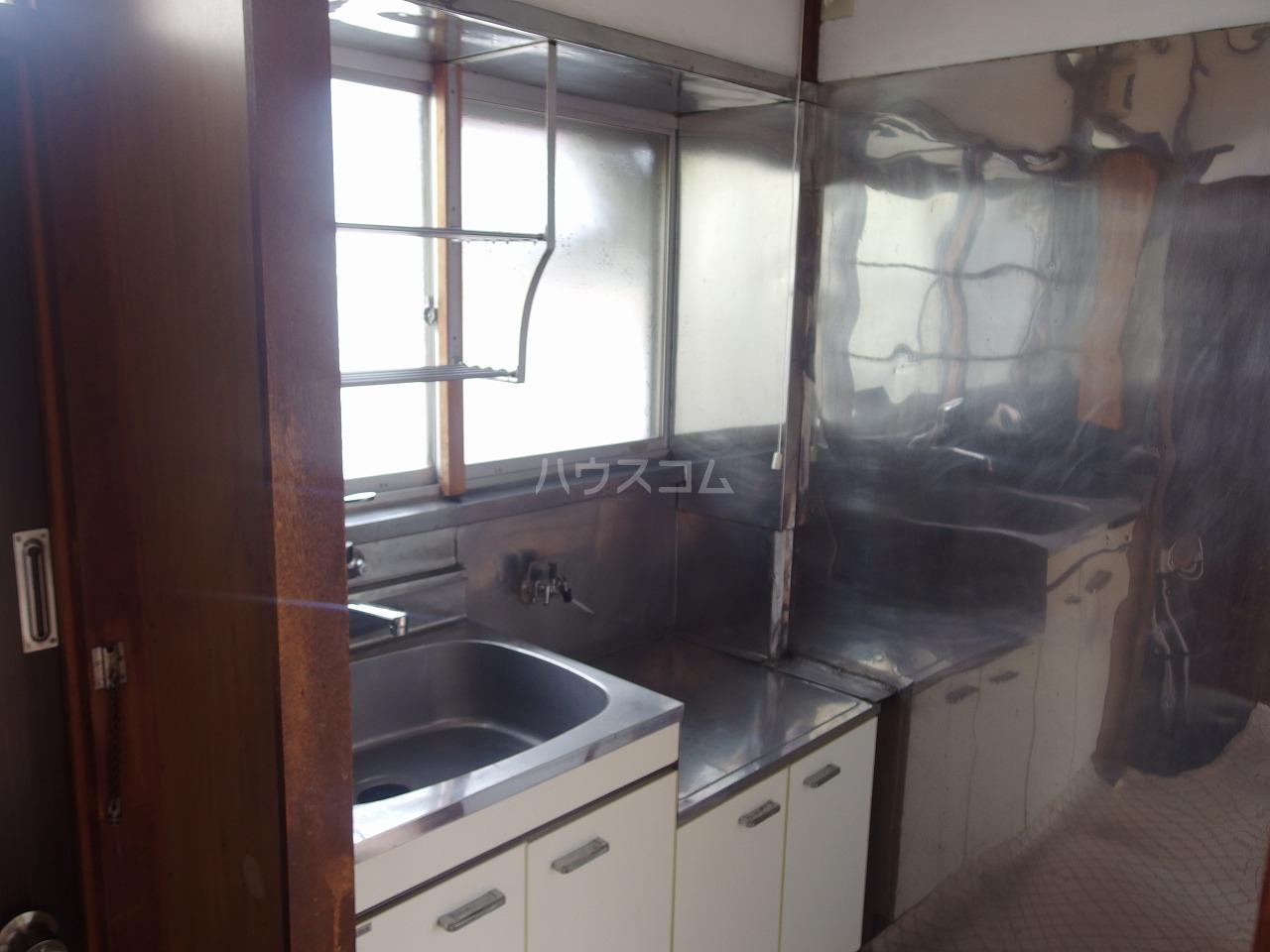 林アパート 101号室のキッチン