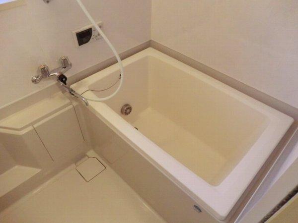 キャッスル第3 302号室の風呂