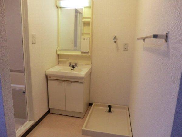 キャッスル第3 302号室の洗面所