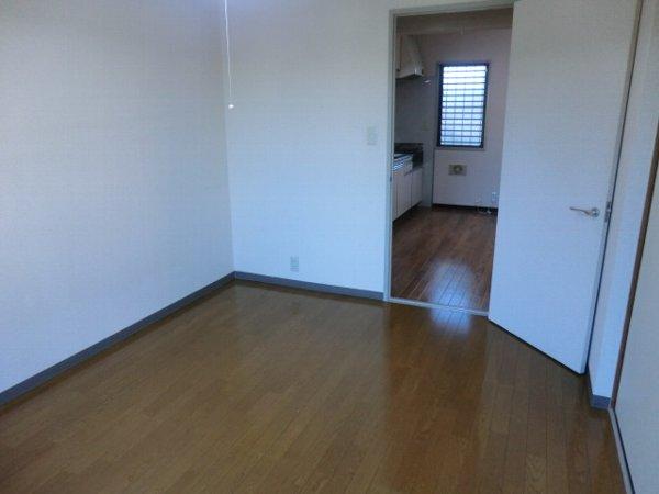 キャッスル第3 302号室の居室
