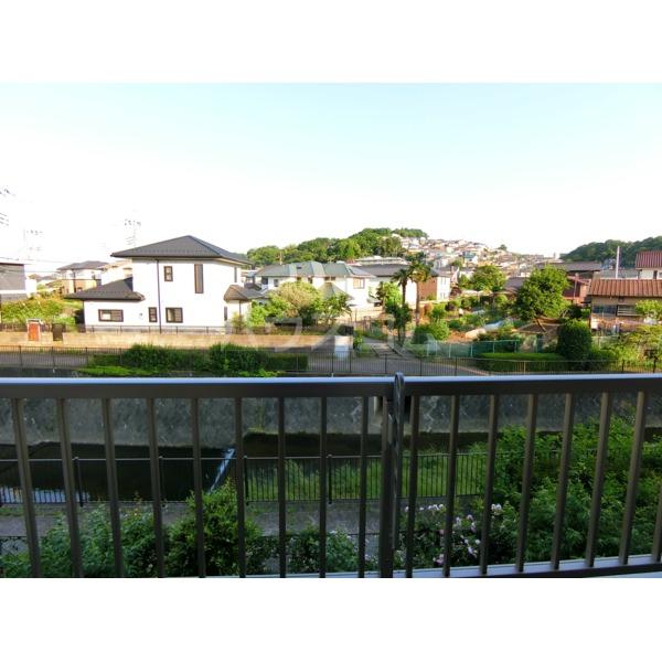 ROXY TAKAHATA 2411 105号室の景色