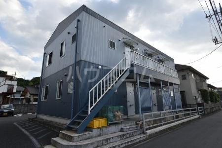 第1竹見荘 103号室のエントランス