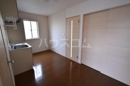 第1竹見荘 103号室のキッチン