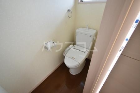 第1竹見荘 103号室のトイレ