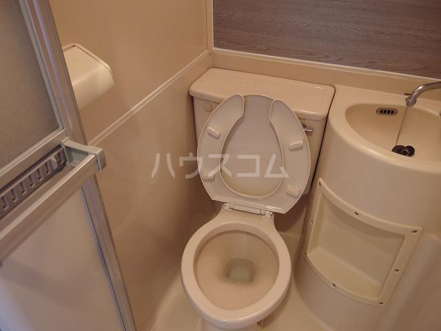 エルム高幡B棟 222号室のトイレ