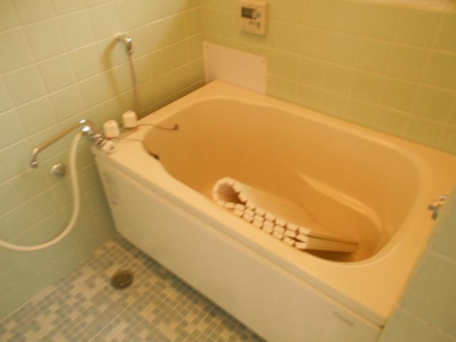 第1スザキハイツ 103号室の風呂