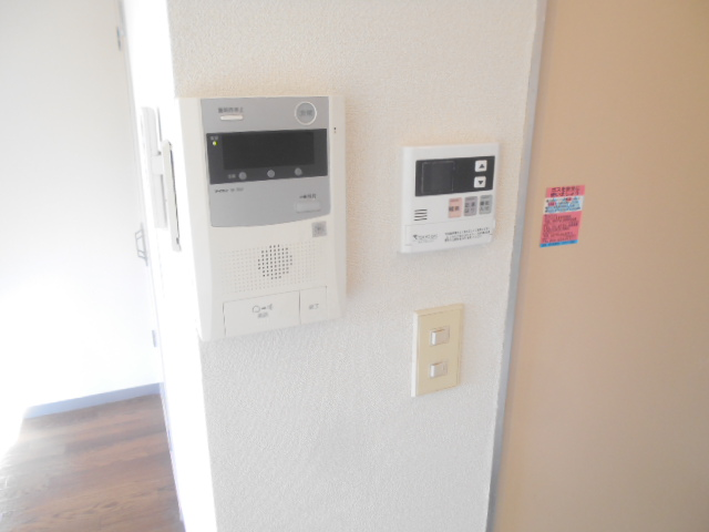 サンドルフ多摩 206号室のセキュリティ