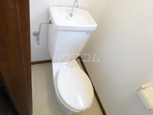 センター・ヴィレッジハイム 107号室のトイレ