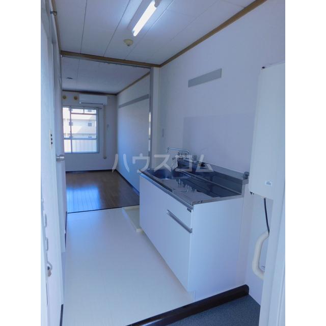 スカイハイツ土方 205号室のキッチン
