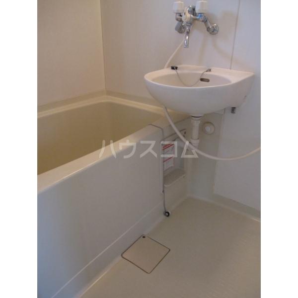 峰岸コーポ 202号室の風呂