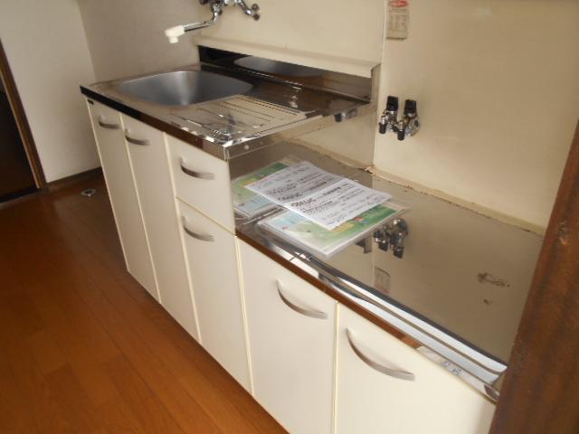 ゆたかハイツ 202号室のキッチン