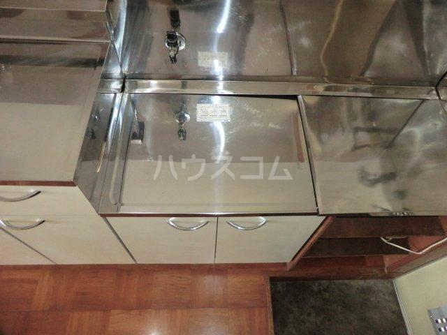 ハイツ旗野Ⅱ 203号室のキッチン