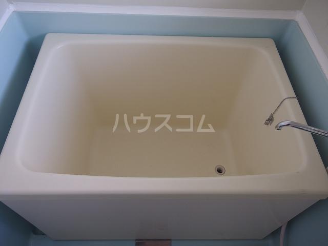 リバーサイド小暮 201号室の風呂