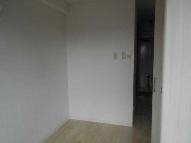 リヴェール多摩センター 506号室の居室