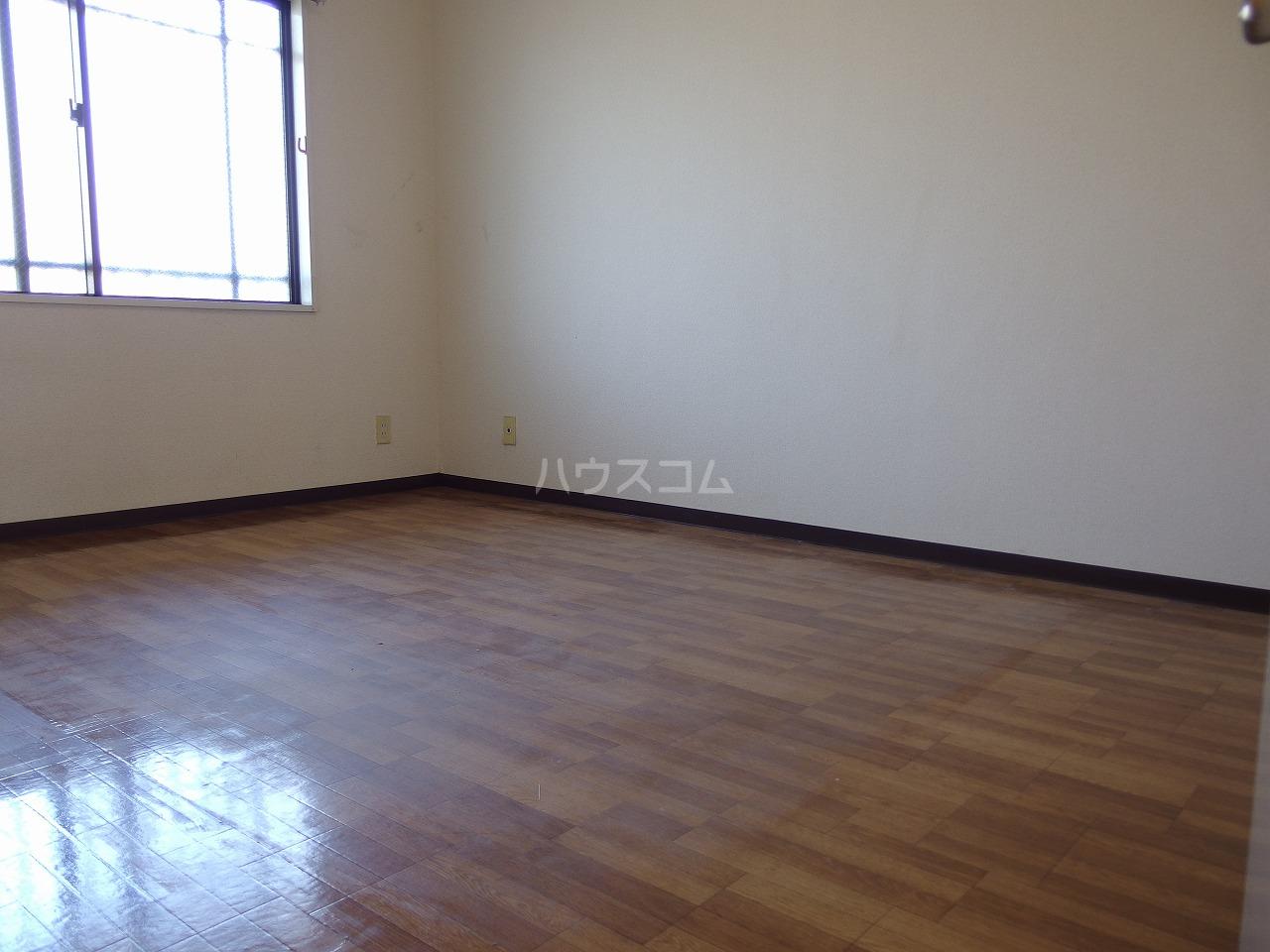 ロータスハイム 301号室の居室