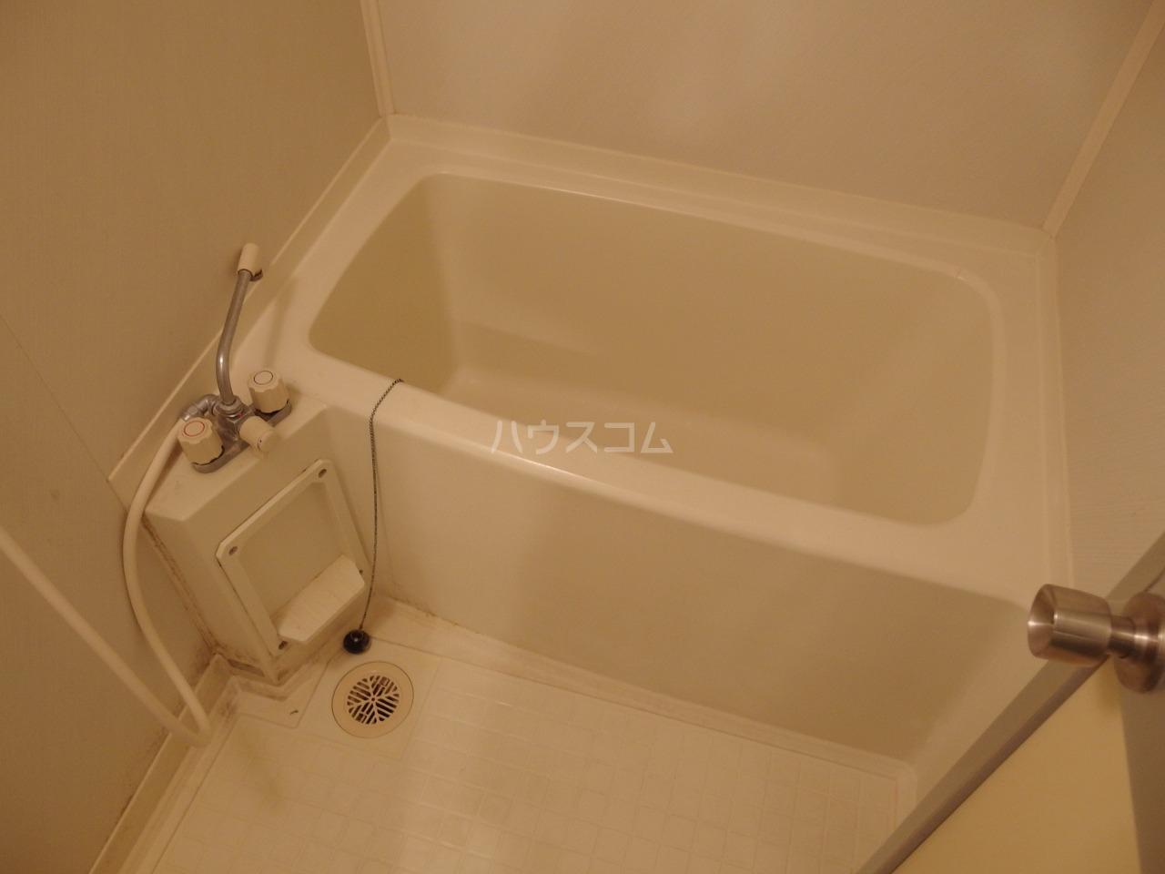 ロータスハイム 301号室の風呂