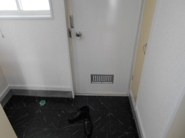 エーデルハイムⅡ D号室の玄関