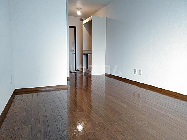 メゾンド・エトワール 301号室の居室