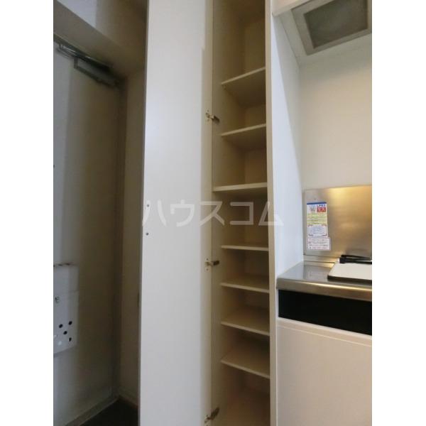 クレールハイムC 305号室のキッチン