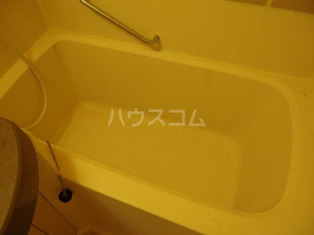 ウィンド聖蹟桜ヶ丘 503号室の風呂