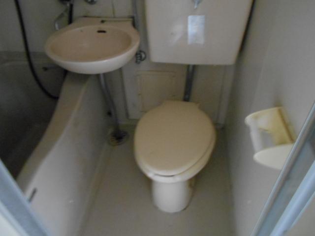 ホワイトウイング連光寺Ⅰ 101号室のトイレ