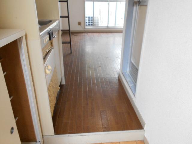 ホワイトウイング連光寺Ⅱ 204号室のキッチン